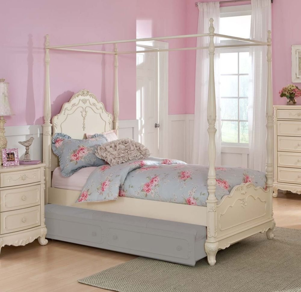 Best Dreamy White Finish Full Girls Poster Canopy Bed Bedroom With Pictures