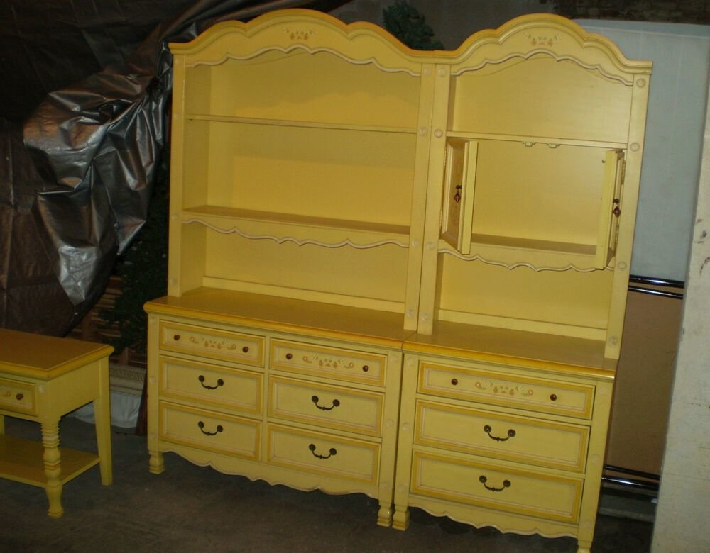 Best Vintage Little Girl S Stanley Bedroom Furniture Gingerbread Yellow Orange Trim Ebay With Pictures