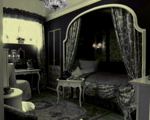Best Gothic Princess Bedroom With Pictures