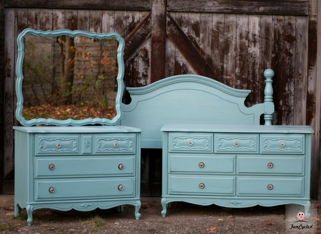 Best Country Teal French Provincial Bedroom Set – Tuesday's With Pictures