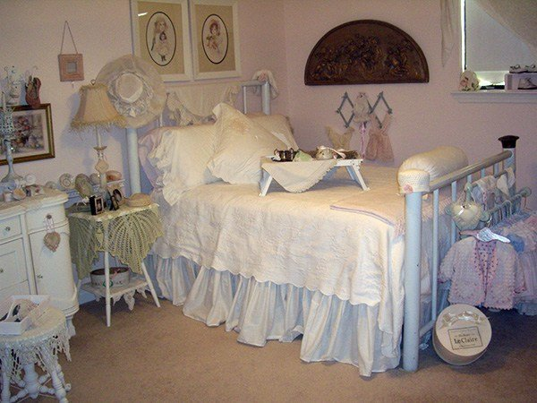 Best 30 Shabby Chic Bedroom Ideas Decor And Furniture For With Pictures