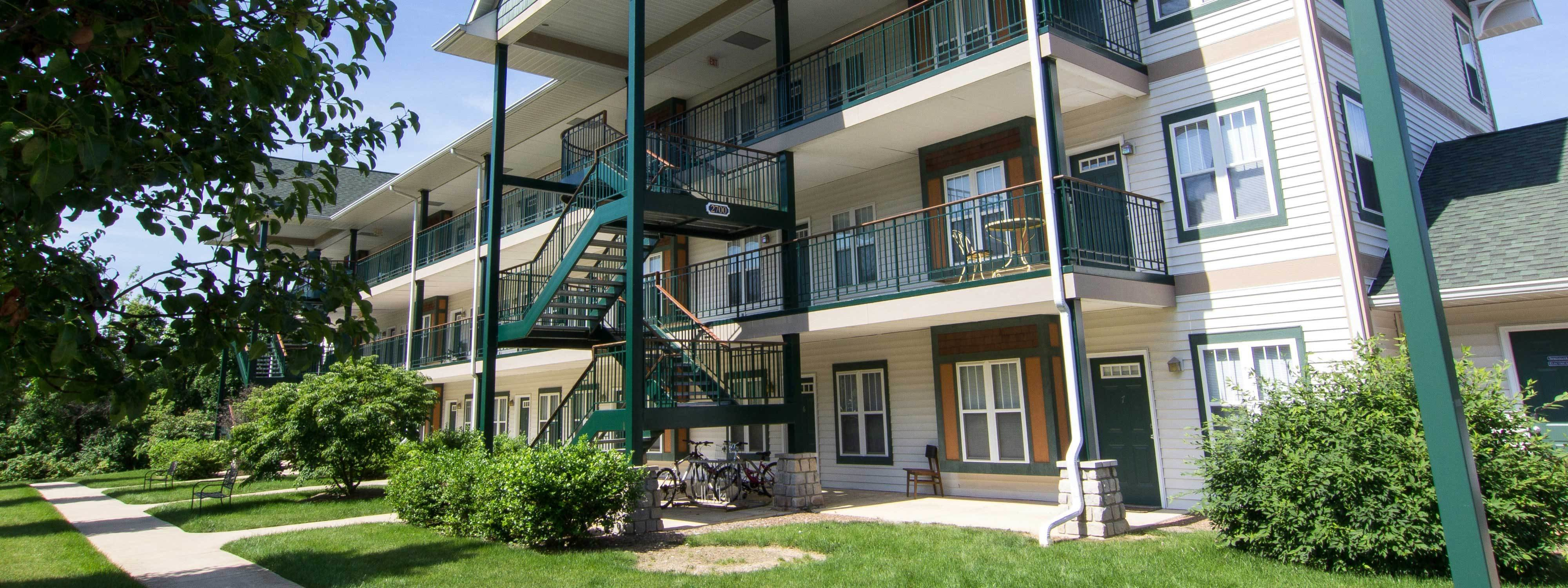 Best Bloomington Indiana Apartments Studios 1 To 4 Bedroom Rentals By Renaissance Rentals With Pictures