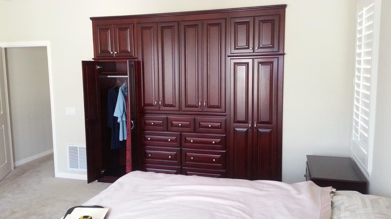 Best Built In Bedroom Cabinets With Pictures