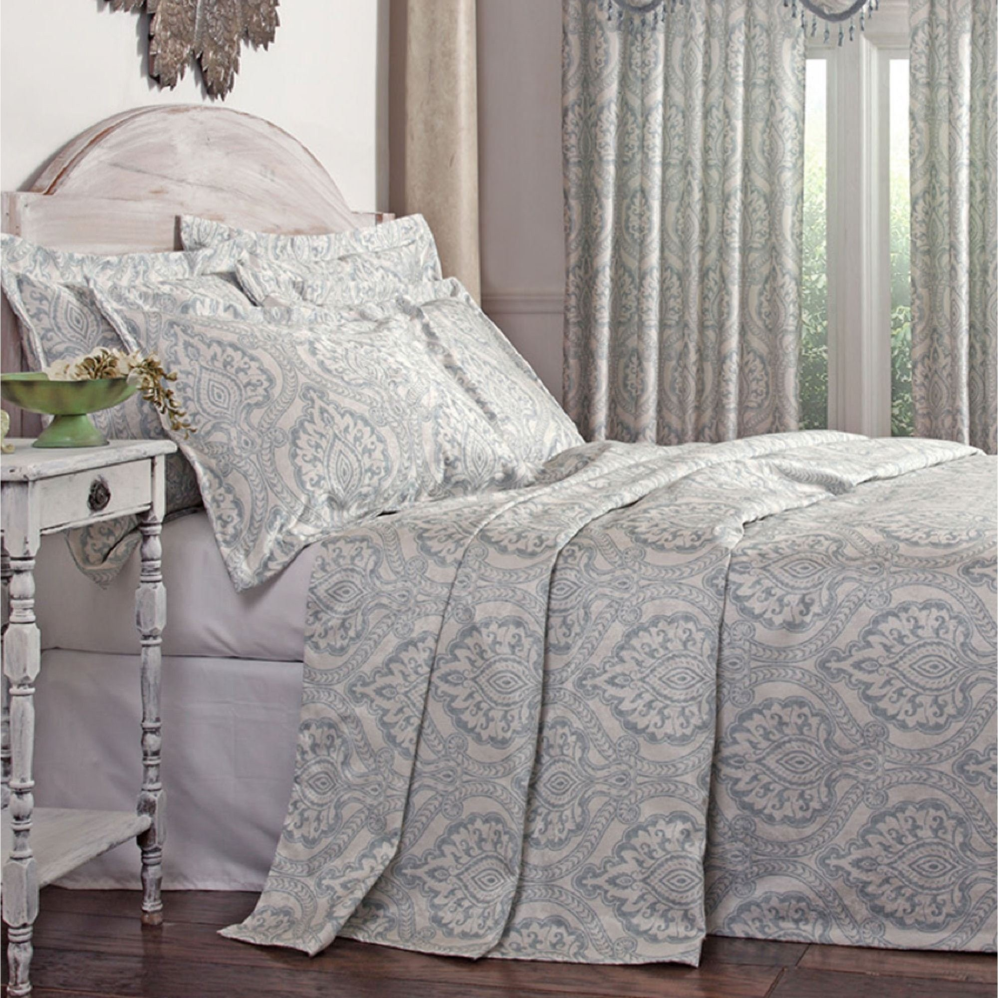 Best Santorini Lightweight Damask Bedspread Bedding With Pictures