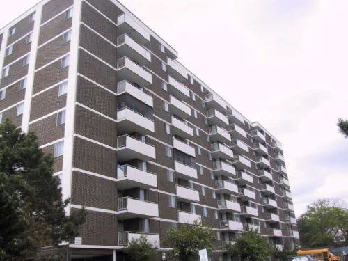 Best 2 Bedroom Apartments For Rent At 570 Birchmount Road With Pictures