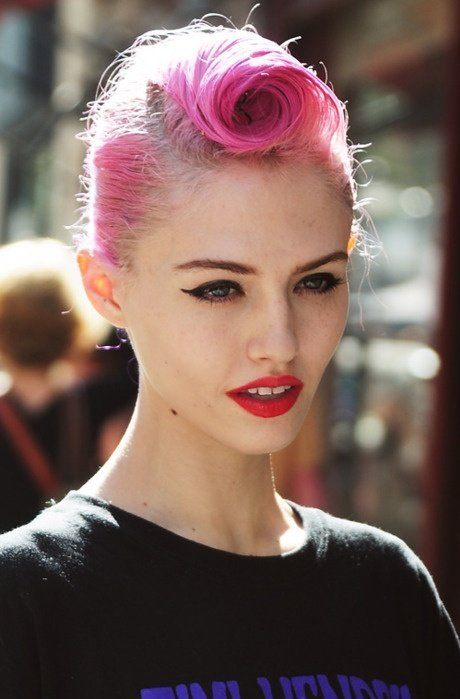 Free Pin Up Girl Hairstyles For Short Hair Wallpaper