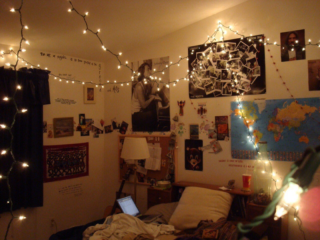 Best Small Bedroom Spaces Decoration With Hanging String Lights With Pictures