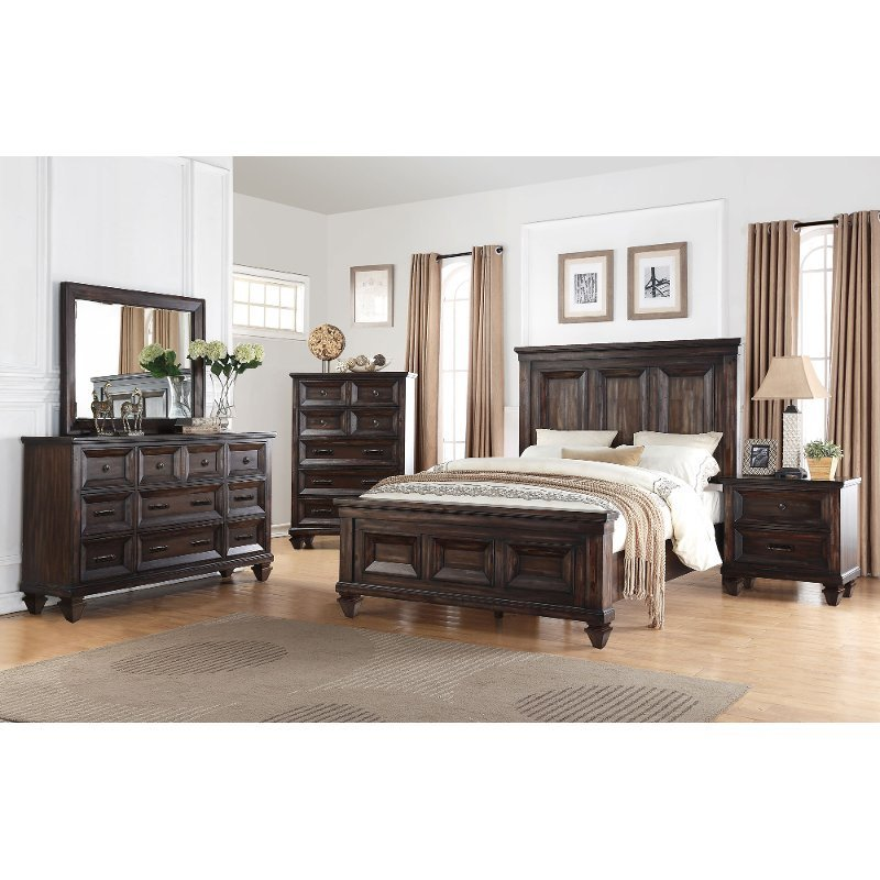 Best Classic Traditional Brown 4 Piece California King Bed Bedroom Set Sevilla Rc Willey With Pictures
