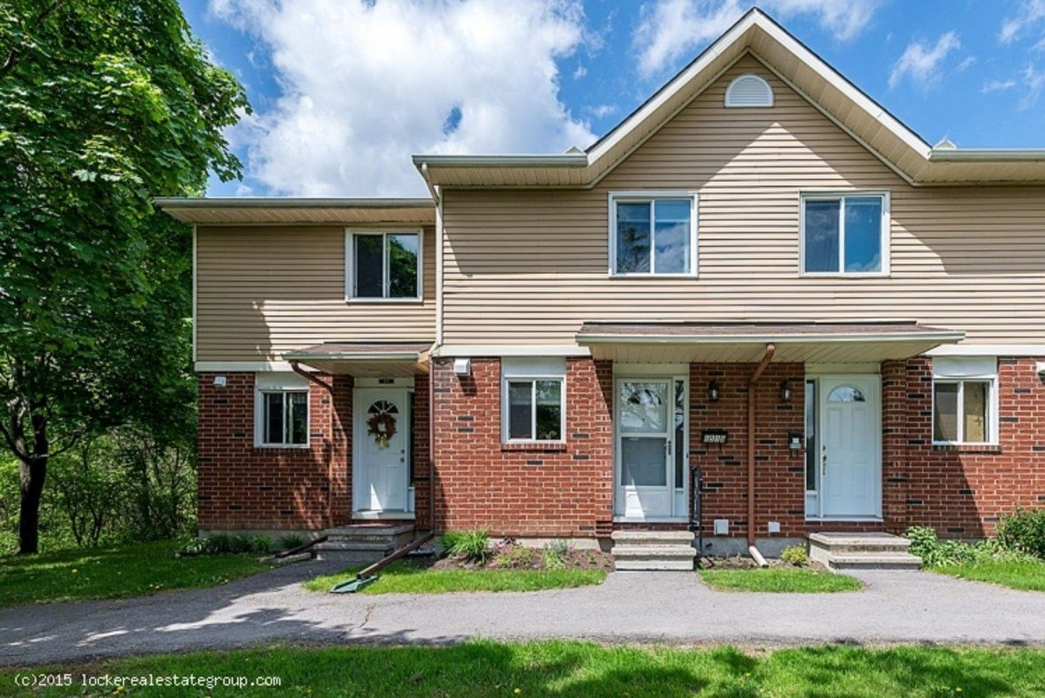 Best 2 Bedrooms Ottawa East Townhouse For Rent Ad Id Loc With Pictures