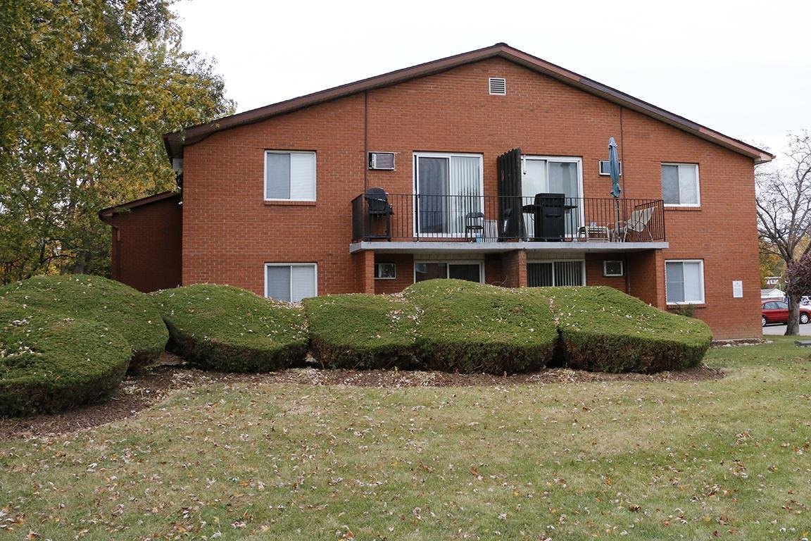 Best 2 Bedrooms Windsor Apartment For Rent Ad Id Sky 67630 With Pictures
