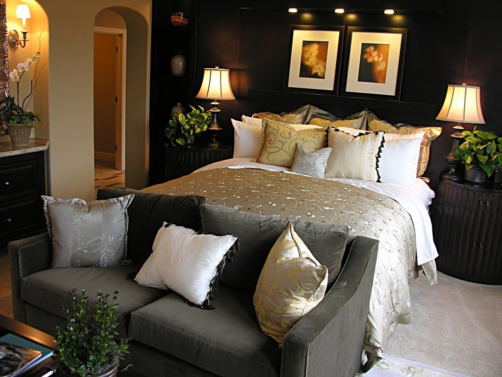 Best 20 Inspirational Bedroom Decorating Ideas With Pictures