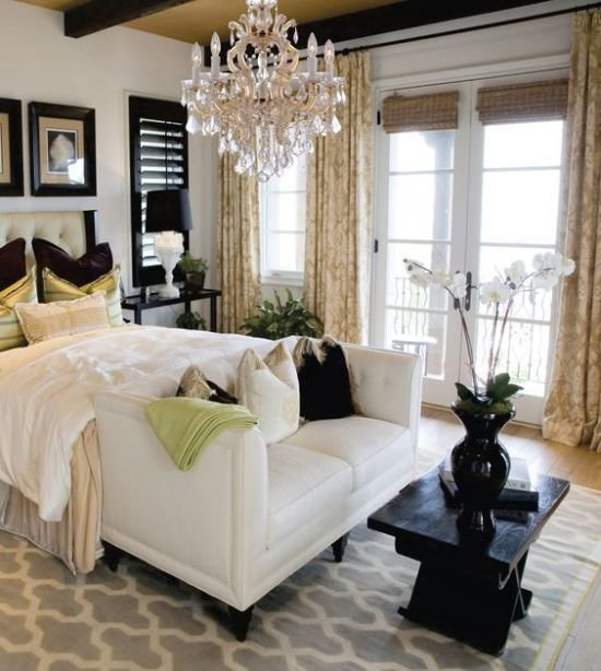 Best 37 Startling Master Bedroom Chandeliers That Exudes Luxury With Pictures