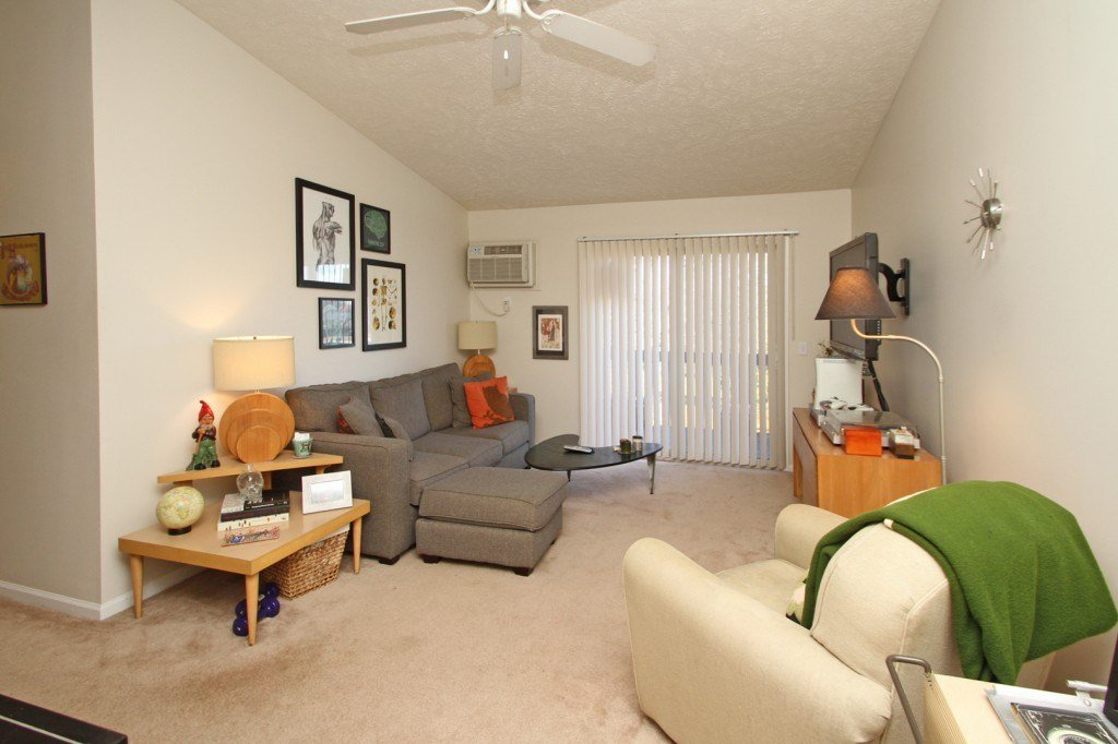 Best 2 Bedroom Apartments In Lansing Mi Westbay Club Lansing With Pictures