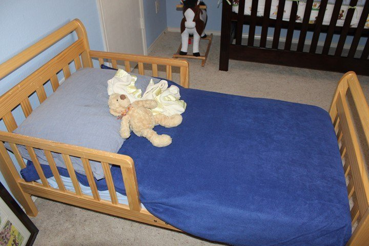 Best Ideas For An Inexpensive Curious George Bedroom Frugal With Pictures