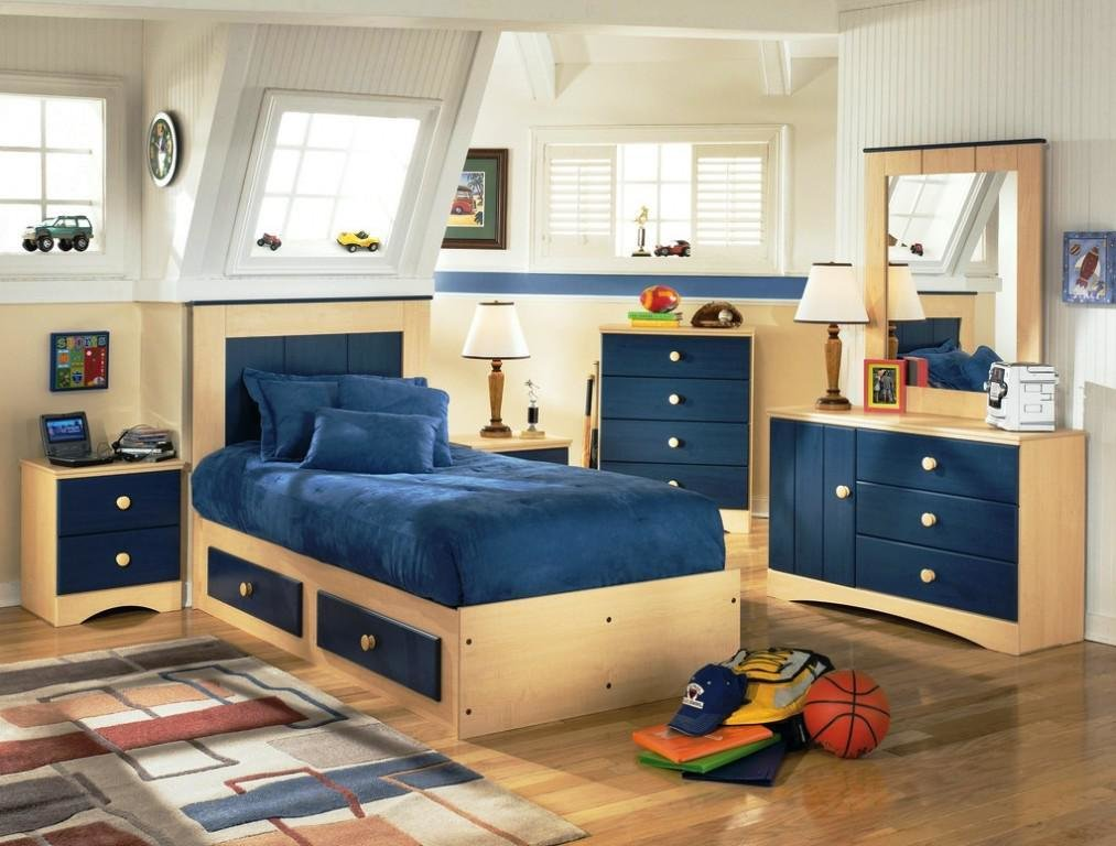 Best Small Bedroom Furniture Solutions Storage Space Small With Pictures