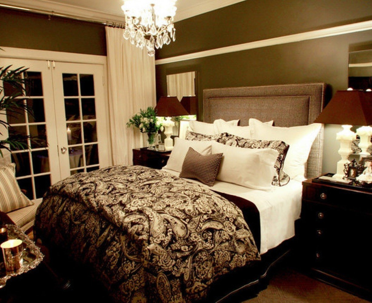 Best New Ideas For The Bedroom Small Master Bedroom Decorating With Pictures