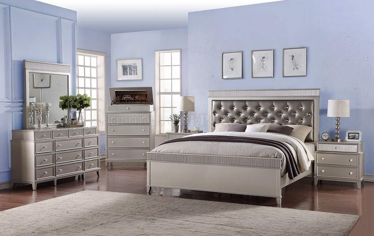 Best Geneva Bedroom 5Pc Set In A Dark Silver Leatherette W Options With Pictures