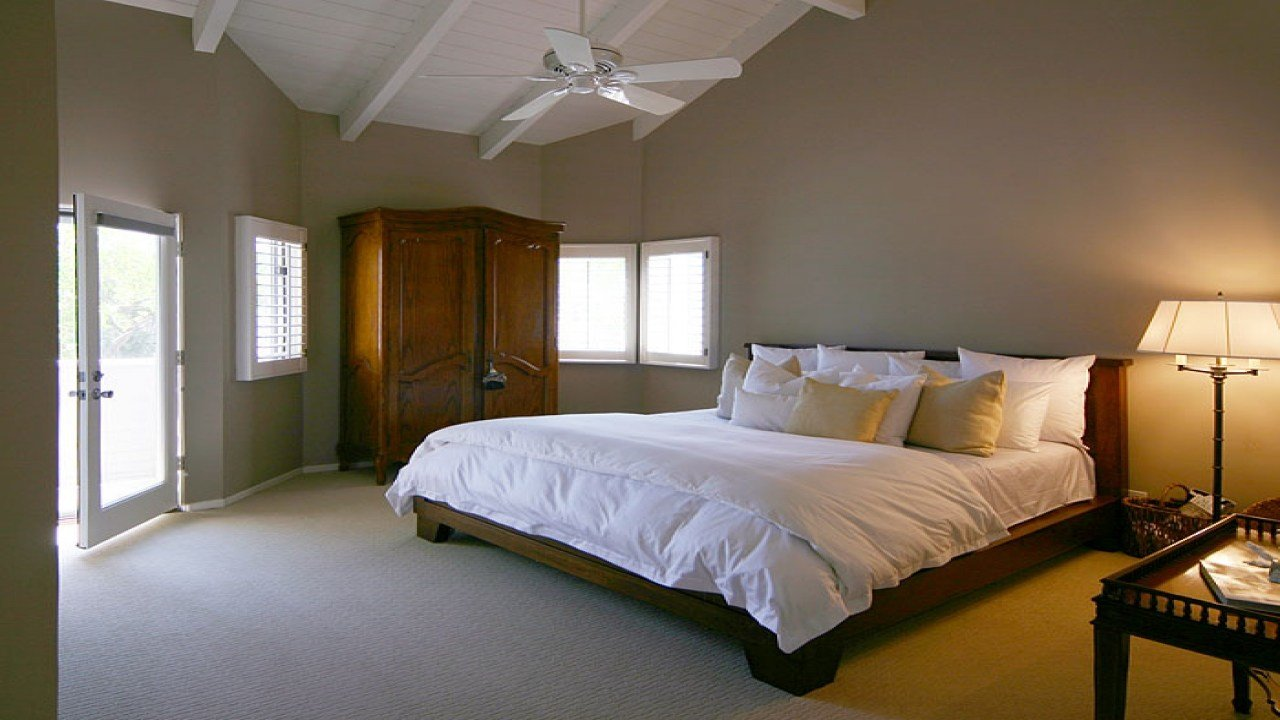 Best Bedroom Colors For Small Rooms Small Bedroom Color With Pictures