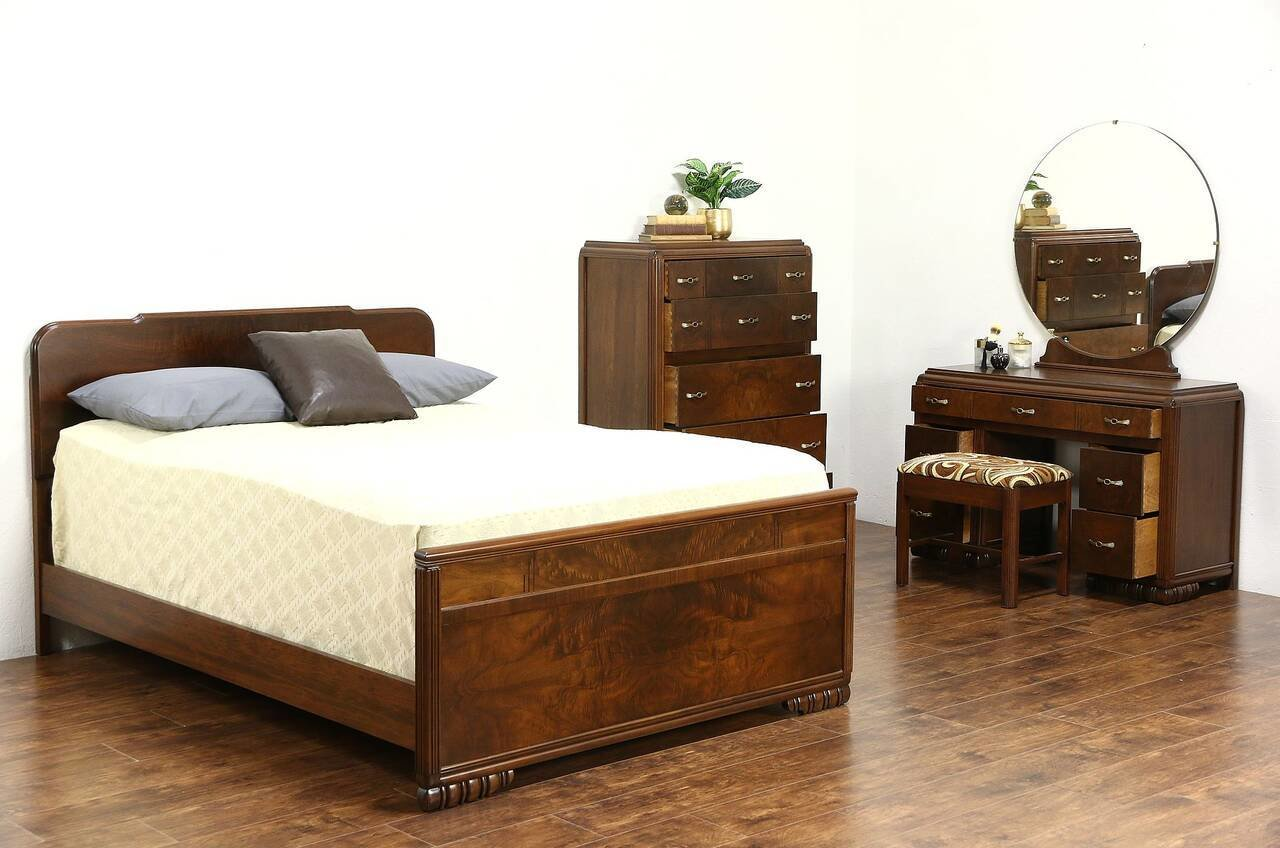 Best Art Deco 1940 Vintage 4 Pc Walnut Burl Bedroom Set With Pictures