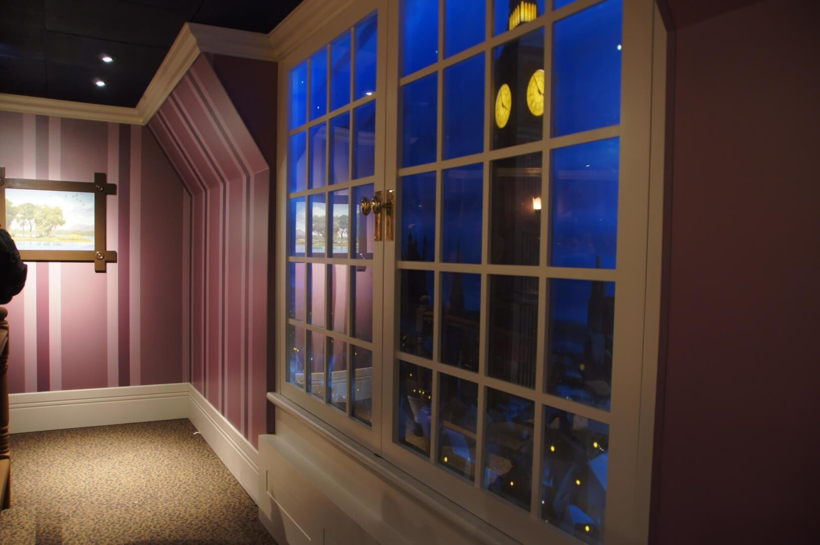 Best Peter Pan S Flight Debuts New Themed Queue Taking Walt With Pictures