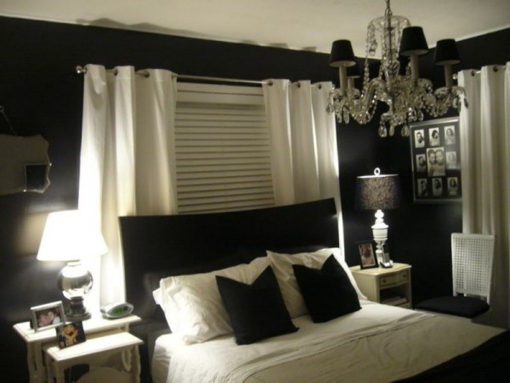 Best Cream Bedroom Cool Black And White Bedrooms Ideas Black With Pictures