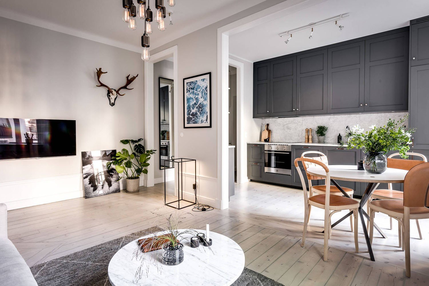Best Small Apartment With Well Planned Layout And Luxurious With Pictures