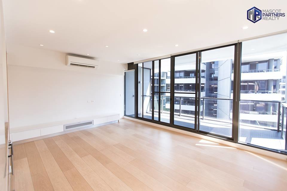 Best Modern Spacious One Bedroom Apartment In Waterloo Leased With Pictures