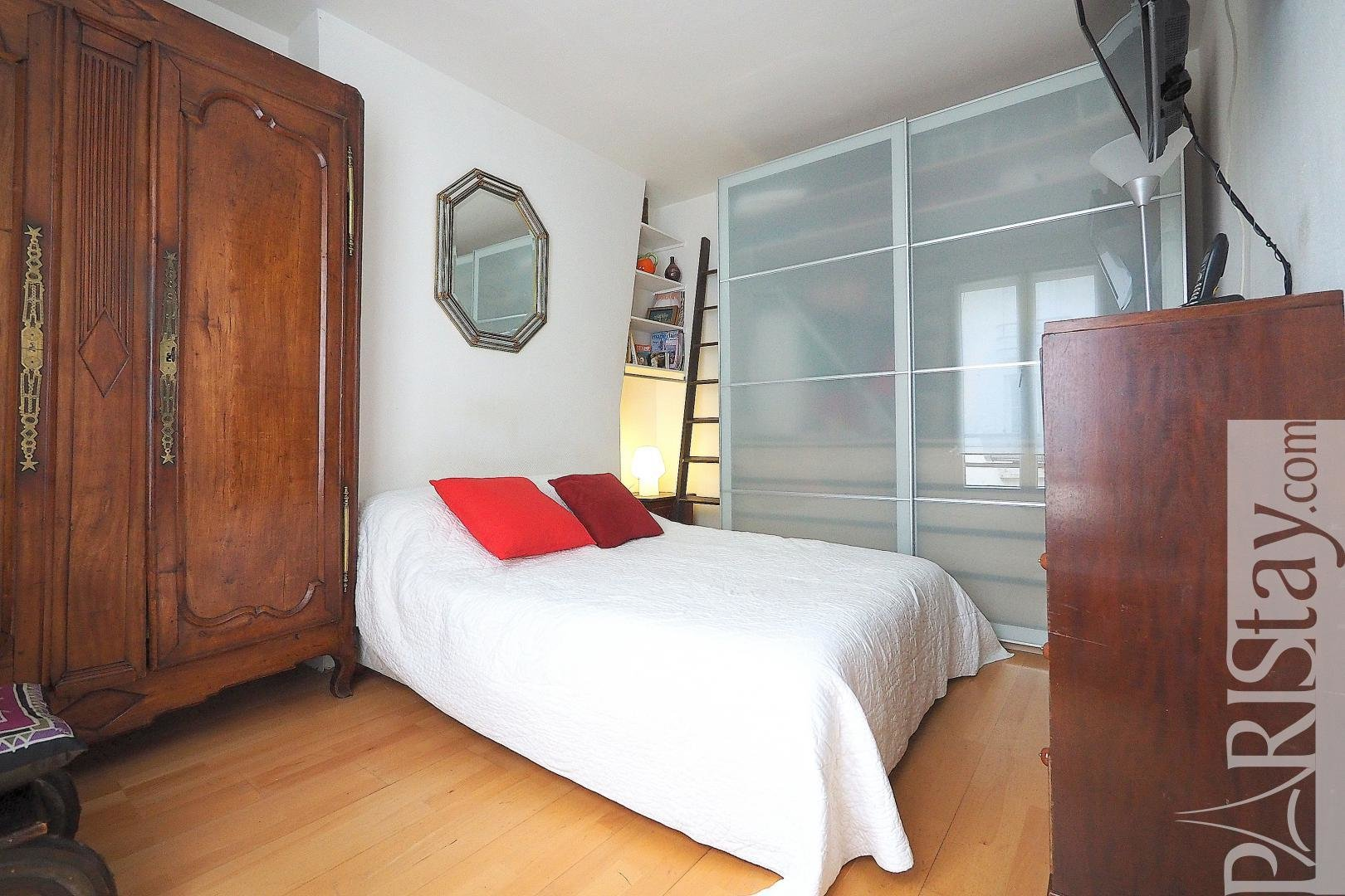 Best Affordable 1 Bedroom Apartment For Rent Parc Monceau 75017 With Pictures