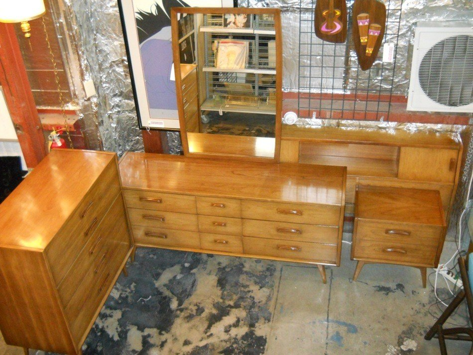 Best Retro Vegas Storage Furniture Sold With Pictures