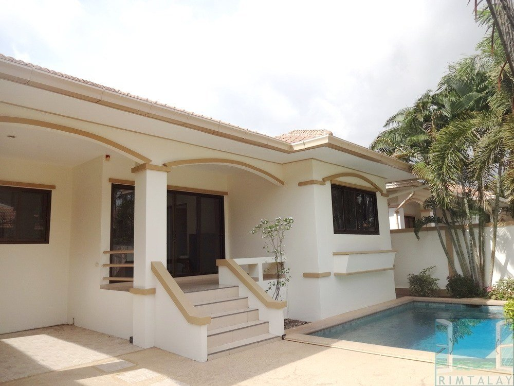 Best Villas For Rent Chaiyapruk Road Soi 3 Adare Gardens 1 3 With Pictures