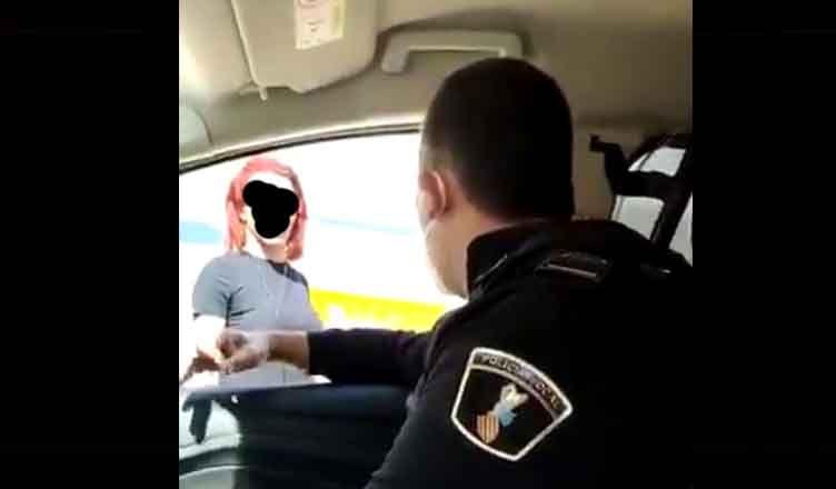 Policía de Valencia insulta a una persona Transexual