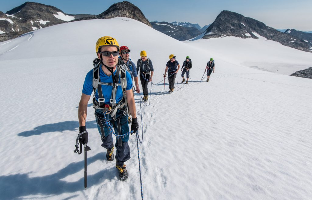Glacier walking in Jotunheimen Uranos glacier – Yngve Ask
