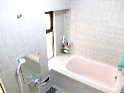 お風呂の鏡 曇りはどうしてる?曇り防止をするには?