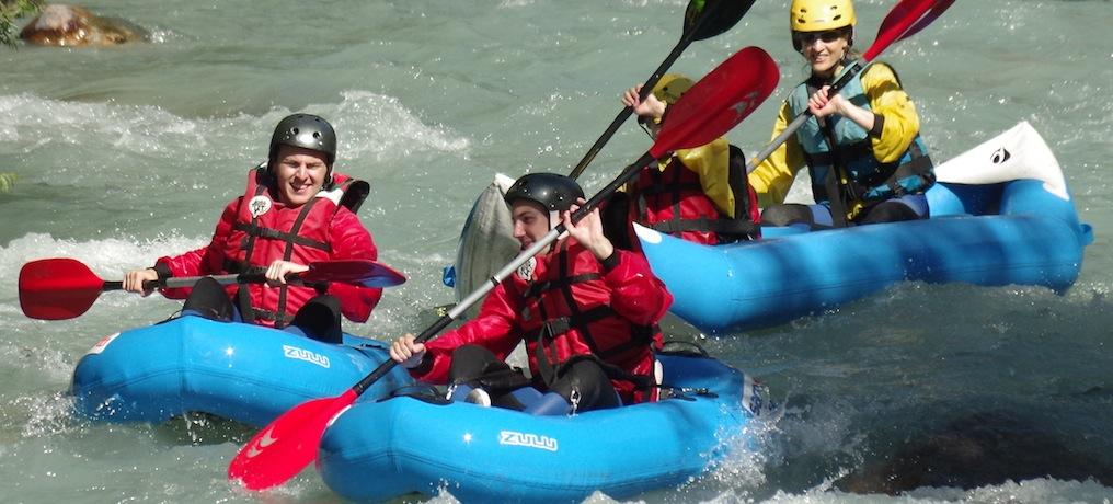 Kayak gonflable sur la Guisane