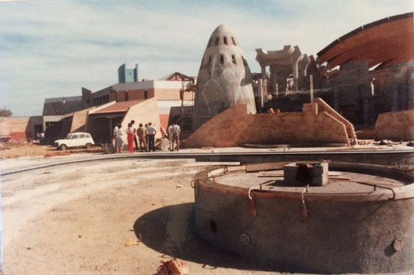 Chantier, rénovation du centre Saint-Cyprien (66).
