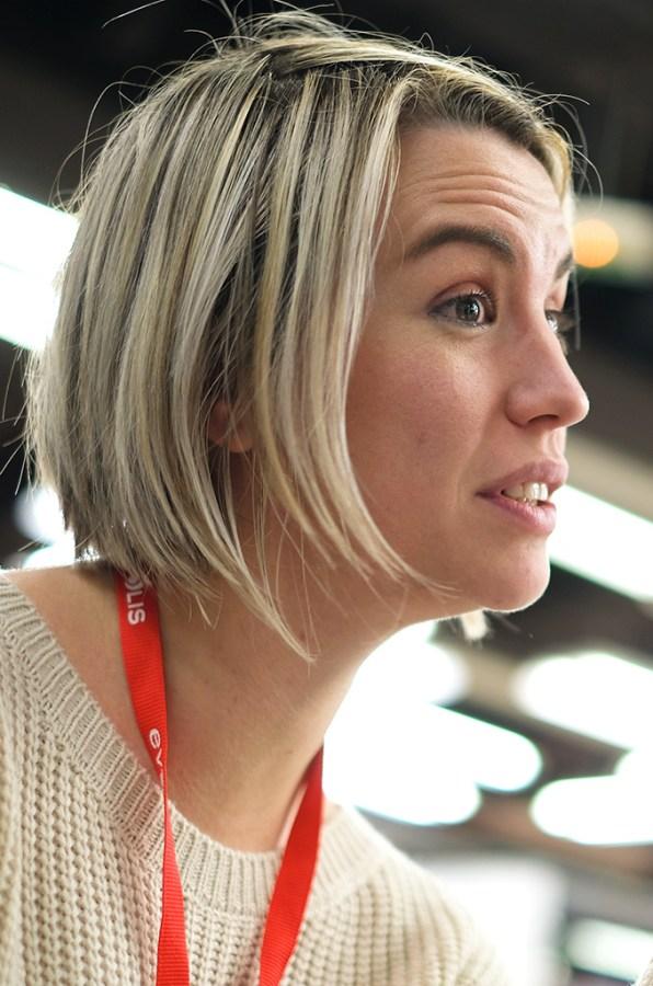 Anne Forestier, agent EDF commerce, CMCAS Anjou Maine. ©Charles Crié/CCAS