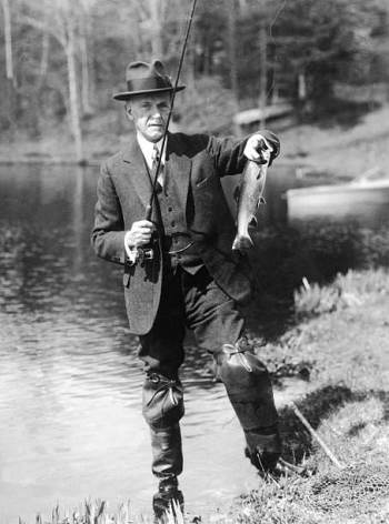 Coolidge goes fishing presidential style