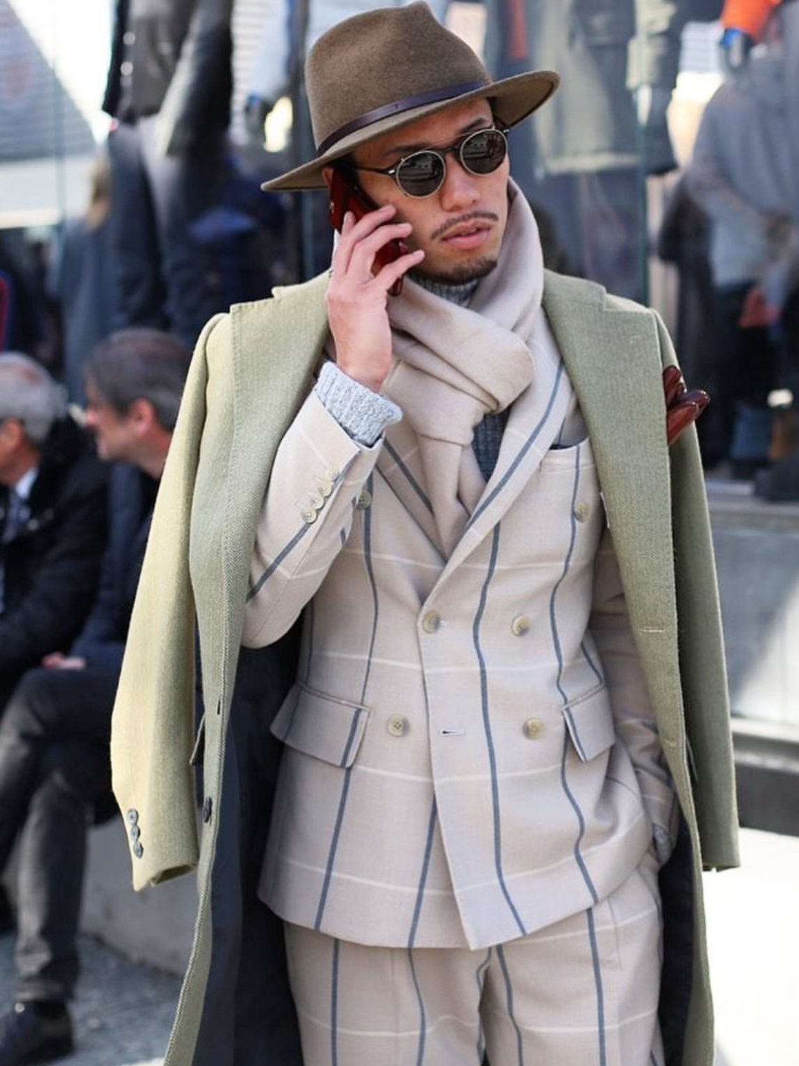 Pitti streetstyle: sage green overcoat