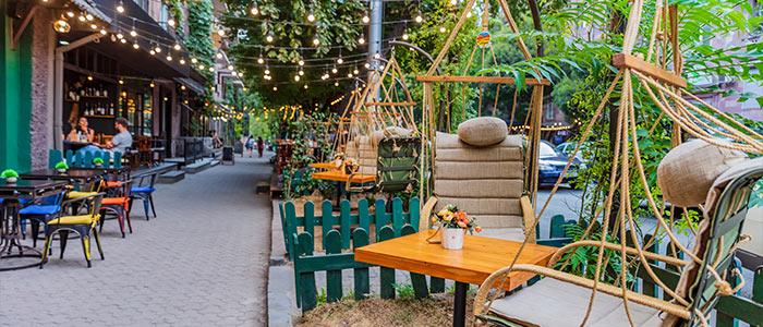 Saryan Street-Exploring the best restaurants and fun vibes