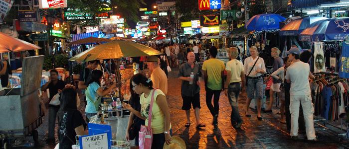 bangkok streets in the night