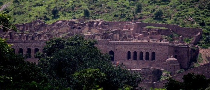 Things to do in India - Bhangarh Fort