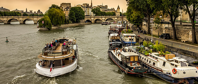things to do in France - Seine River France