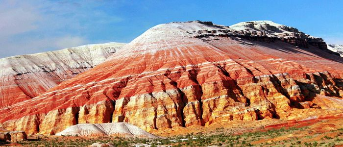 Kazakhstan Tourist Activities- Altyn Emel National Park