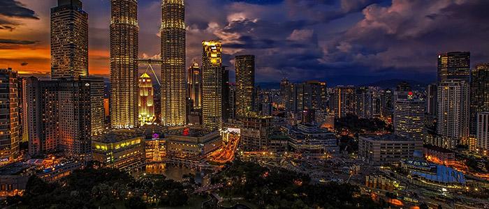 Top Things To Do In Kuala Lumpur - Petronas Towers