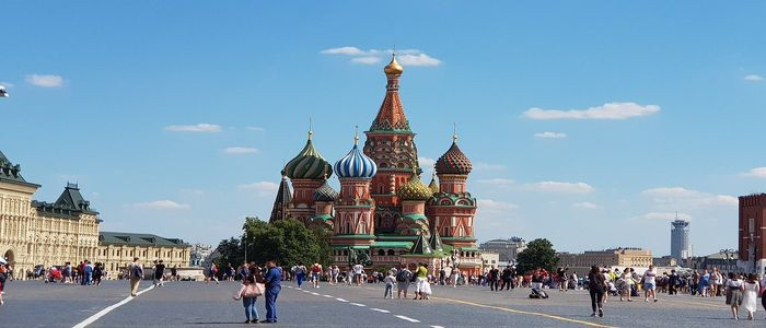 Where to travel in April - Russia