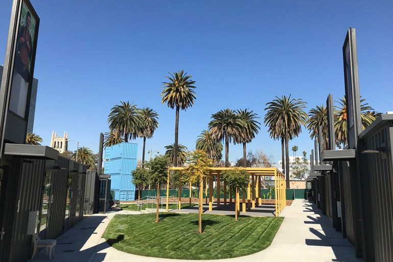 Hope on Lafayette Bridge Housing - Courtyard Pavilion
