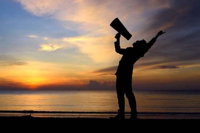 An die Jugend (Bild: shutterstock.com)