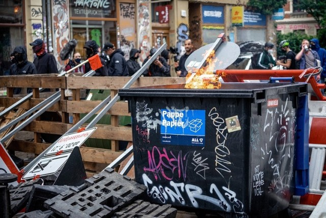 Antifa-Demo in Leipzig (Bild: IMAGO / aal.photo)