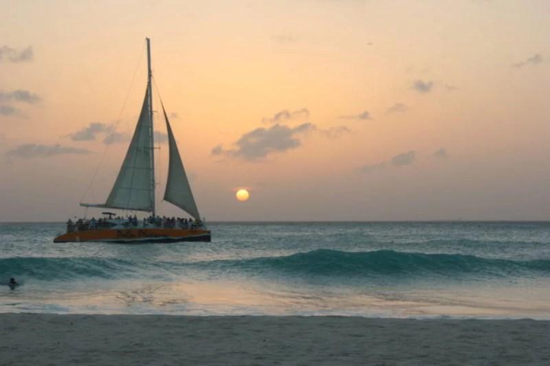 sunset beaches in aruba