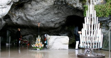 Le Pèlerinage National à Lourdes